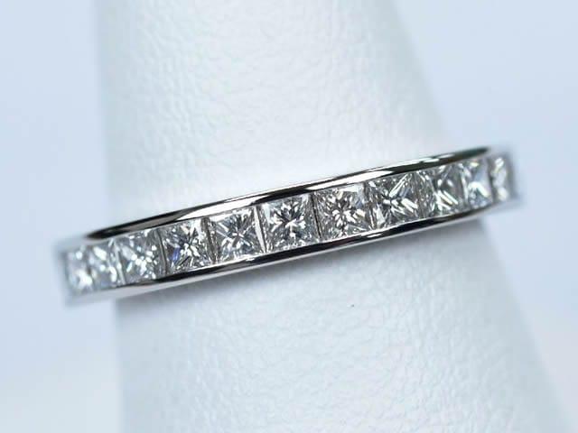 ダイヤモンド 合計1.5ct前後 Pt950 500,000円~600,000円(税込)