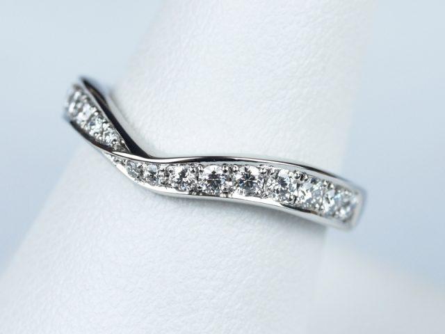 結婚指輪 V デザイン