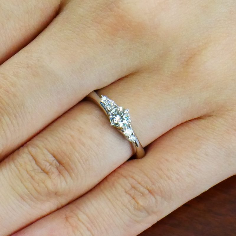 婚約指輪 Jupiter 0.30ct プラチナ