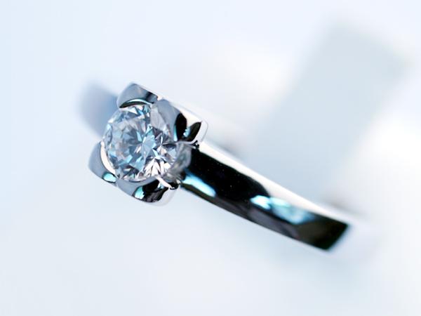 IF(インターナリーフローレス)のダイヤモンド オーダーメイド 指輪
