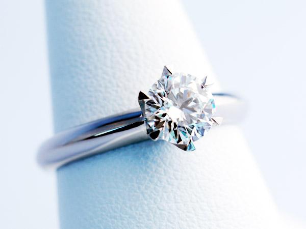 ティファニーセッティング 婚約指輪