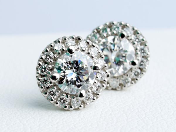 オーダーメイドのピアス ダイヤモンド プラチナ