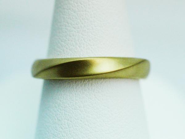 結婚指輪 ゴールド 男性