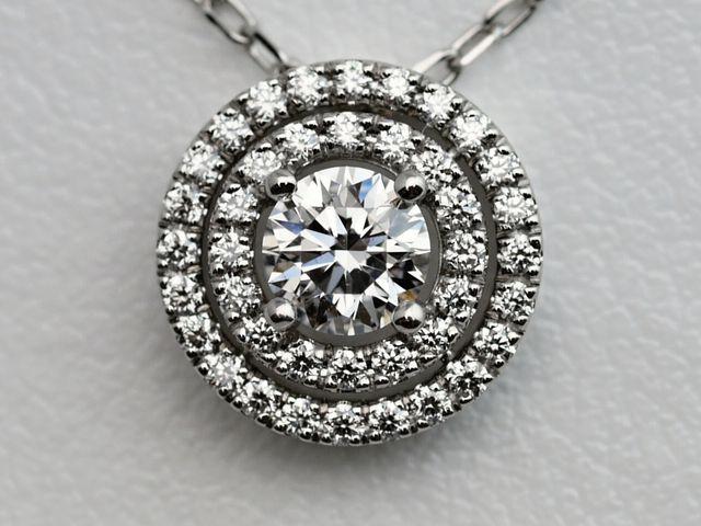 オーダーメイドのダイヤモンドのネックレス