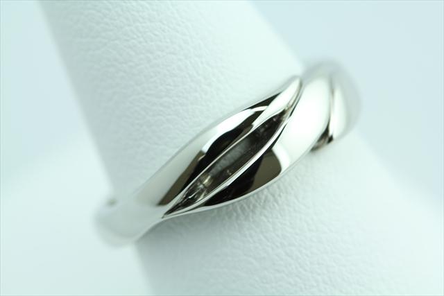 結婚指輪 【0.17ct】【彫り留め】Pt900プラチナ