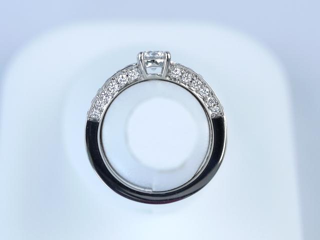 誕生日プレゼントの指輪