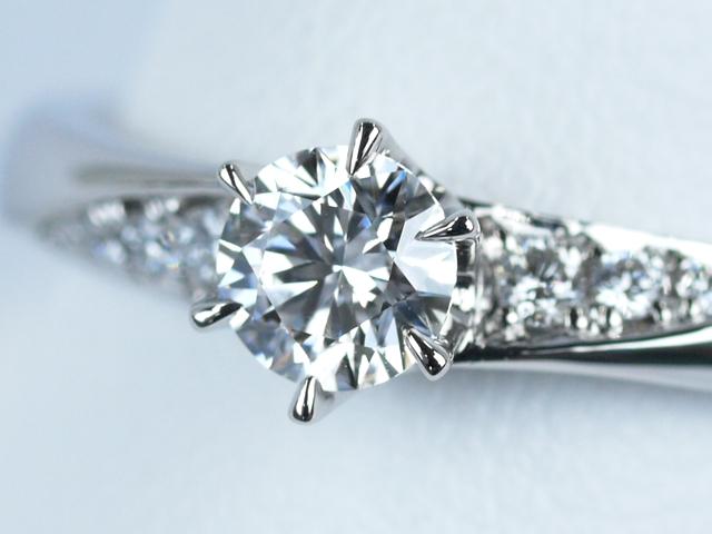 婚約指輪 爪 ペアシェイプ