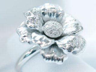 花びらに2個のダイヤモンド「桜」オーダーメイドリング