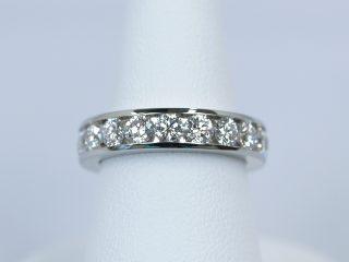 レール留めのフルエタニティリング 合計2.06ctダイヤモンド