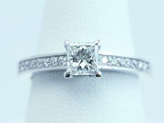 プリンセスカット ダイヤ 【0.50ct E VVS2】 婚約指輪