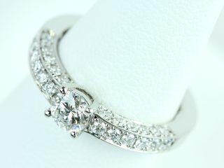 オーダーメイドの婚約指輪 奥様への誕生日のプレゼント