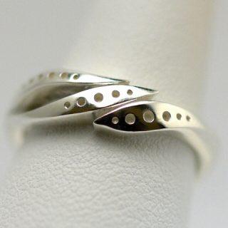 デザインにこだわった結婚指輪