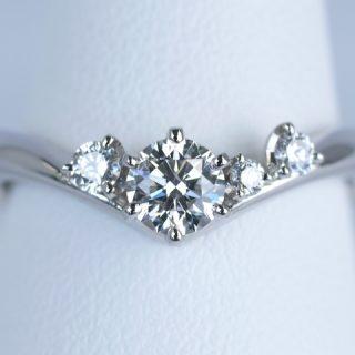オーダーメイドの婚約指輪 プラチナ Pt900