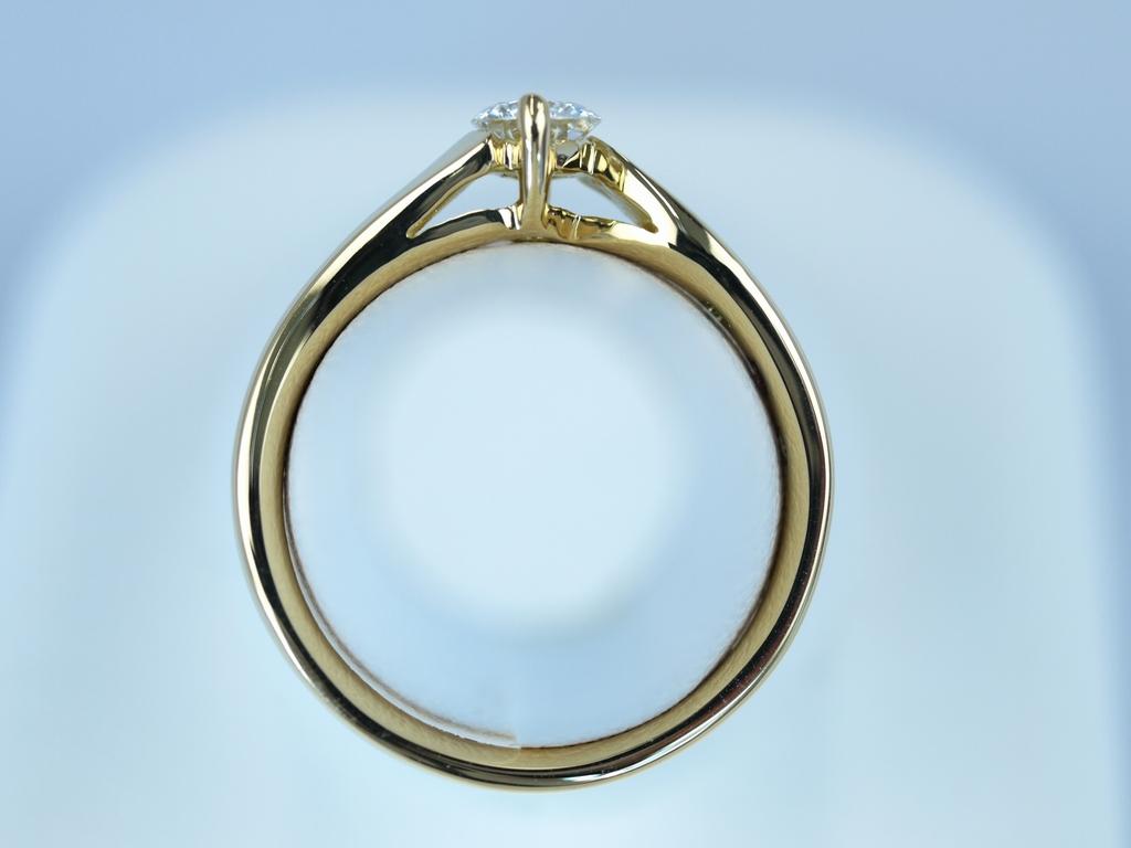 オーダーメイド指輪 音符のデザイン 0.3カラット