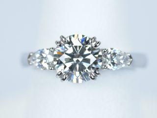 婚約指輪 1カラット ダイヤモンド ペアシェイプ