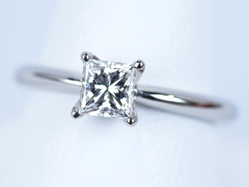 プリンセスカットの婚約指輪 埼玉県北本市のA様のご注文
