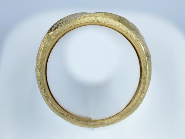 結婚指輪 ハンマー仕上げ
