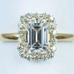 エメラルドカットの婚約指輪。ダイヤモンド 1.2カラット G VS1