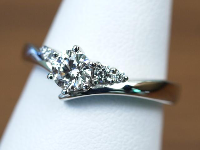 婚約指輪 和光