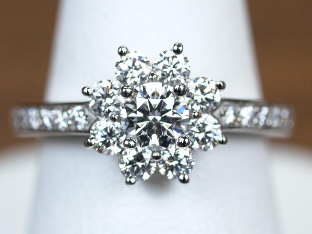 ティファニー フローラ 婚約指輪