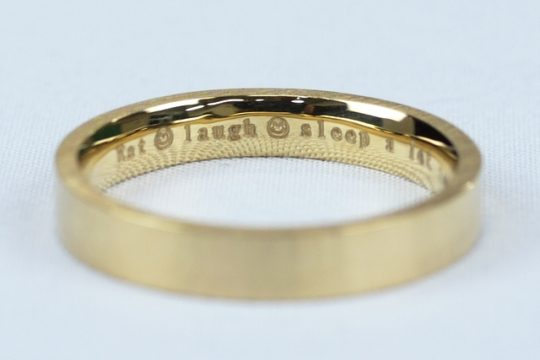 結婚指輪 刻印