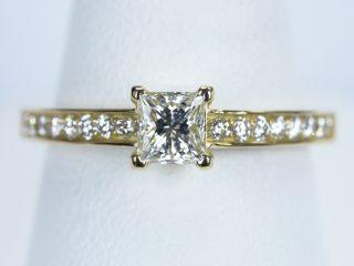 プリンセスカット 0.5カラットの婚約指輪。東京都立川市のU様からのご注文です。