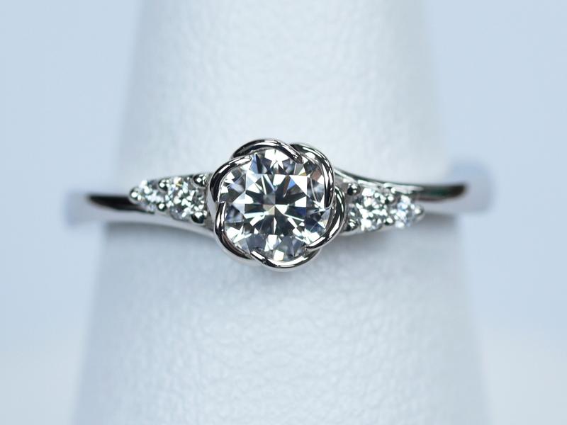 トレセンテ 婚約指輪