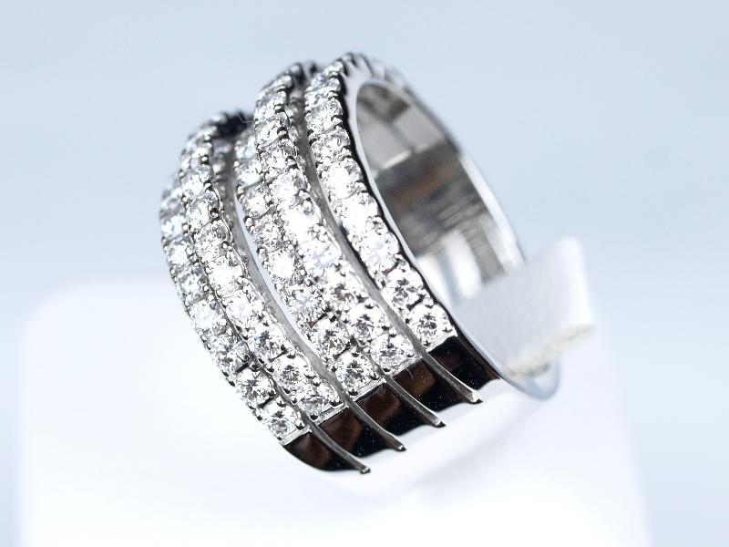 デビアス 結婚指輪