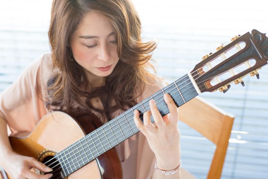 河野智美 クラシックギター