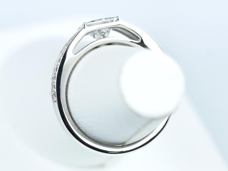 デビアス 婚約指輪