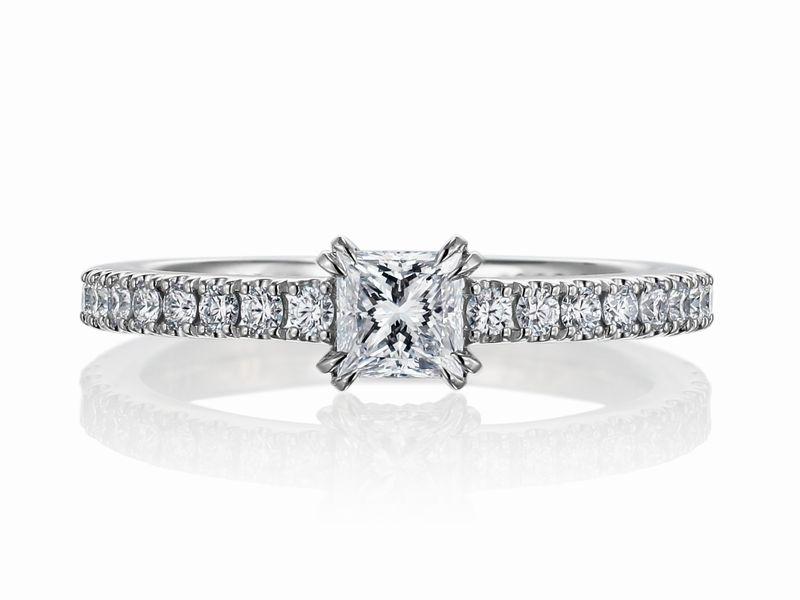 0.3カラット プリンセスカット フルエタニティリング 婚約指輪