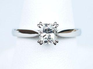 婚約指輪 クッションカット 0.58ct D IF