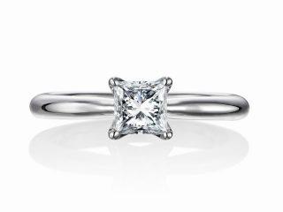 婚約指輪 プリンセスカット 0.51カラットダイヤモンド E VS1