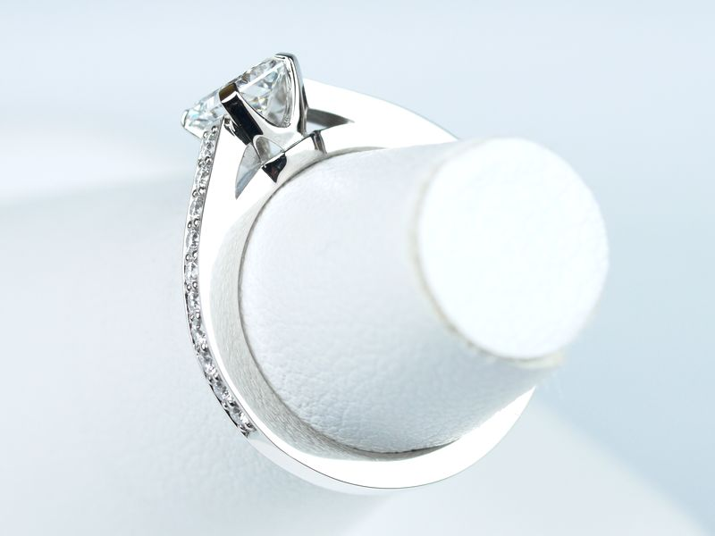 ラディアントカット 婚約指輪