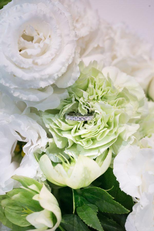 東京都 結婚式 エタニティリング