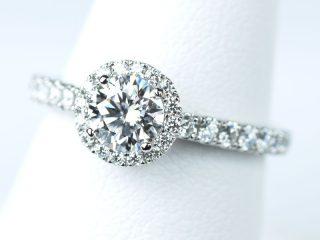 ハリーウィンストン 婚約指輪 0.51カラット E VVS1 3EXのダイヤモンド