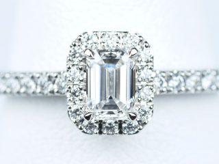 婚約指輪 エメラルドカット 0.37ctダイヤモンド VVS2