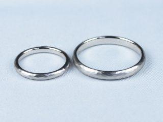 東京都のお客様 結婚指輪 鍛造 ハンマー仕上げ 槌目の加工を施しました。新しい 試みですが、美しく仕上がりました。