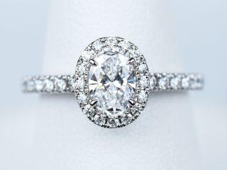 婚約指輪 ソレスト オーバルカット ダイヤモンド 0.52ct D VVS1