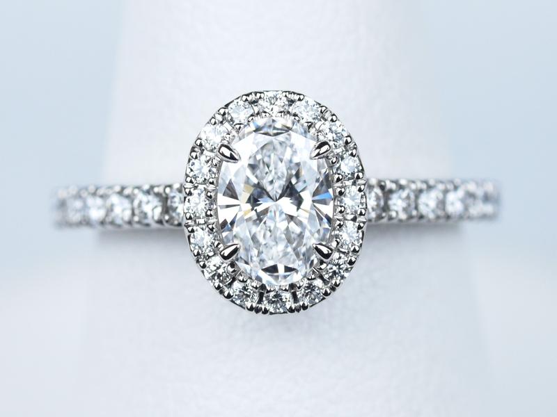 婚約指輪 ソレスト オーバルカット 0.52ct D VVS1