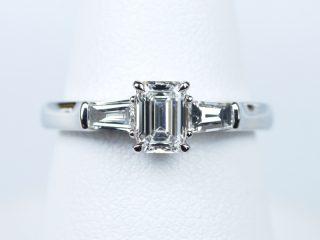 0.50カラットダイヤモンド エメラルドカット 婚約指輪