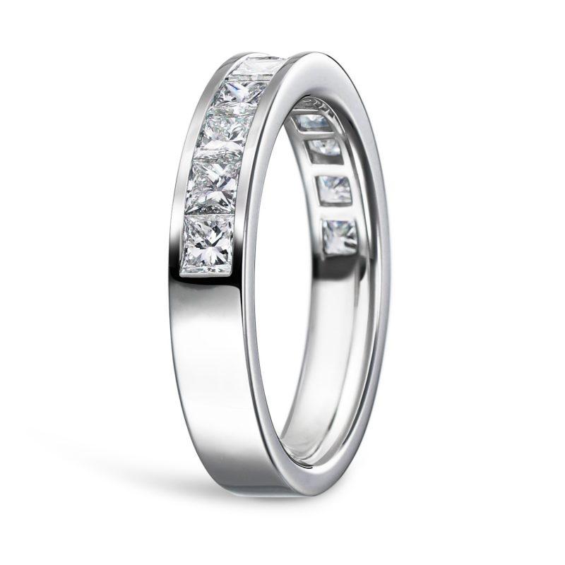 プリンセスカット レール留め ダイヤモンド 0.93ct プラチナ