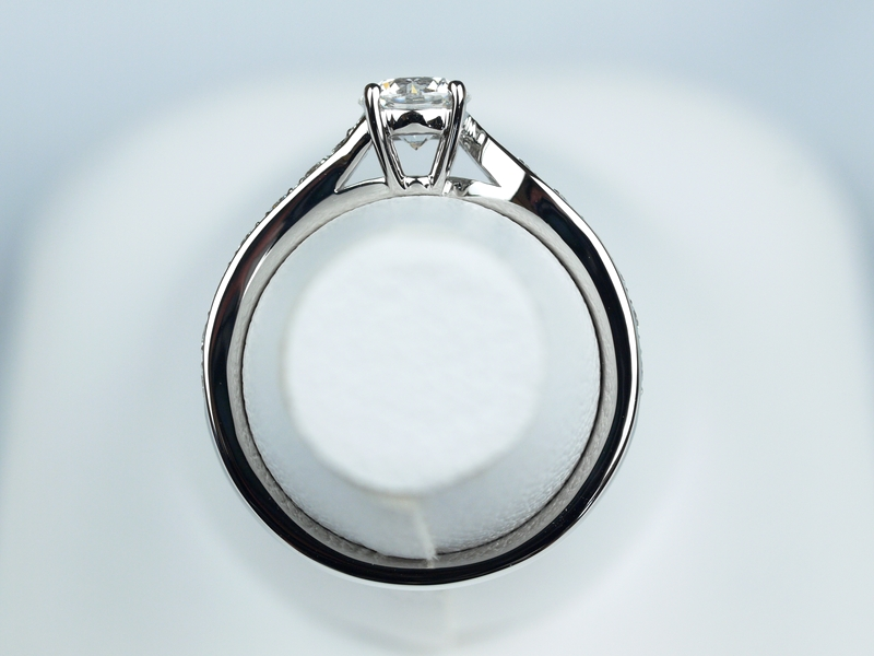 婚約指輪 ヴァンクリーフ&アーペル