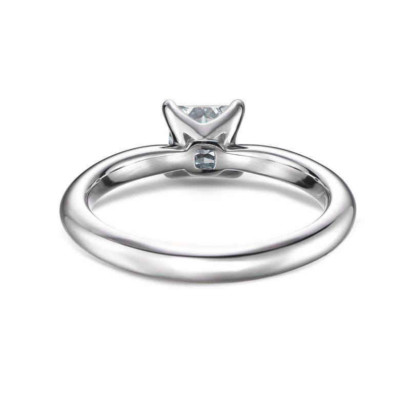 婚約指輪 プリンセスカット ダイヤモンド 0.51ct E VVS1 プラチナ