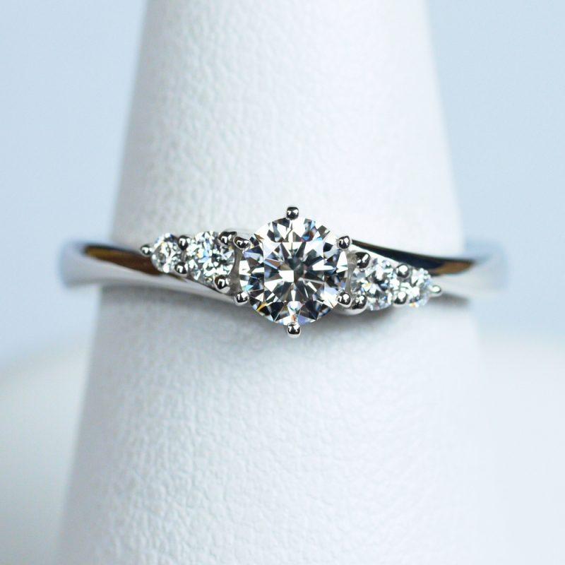 婚約指輪 Jupiter 0.30ctダイヤモンド プラチナ