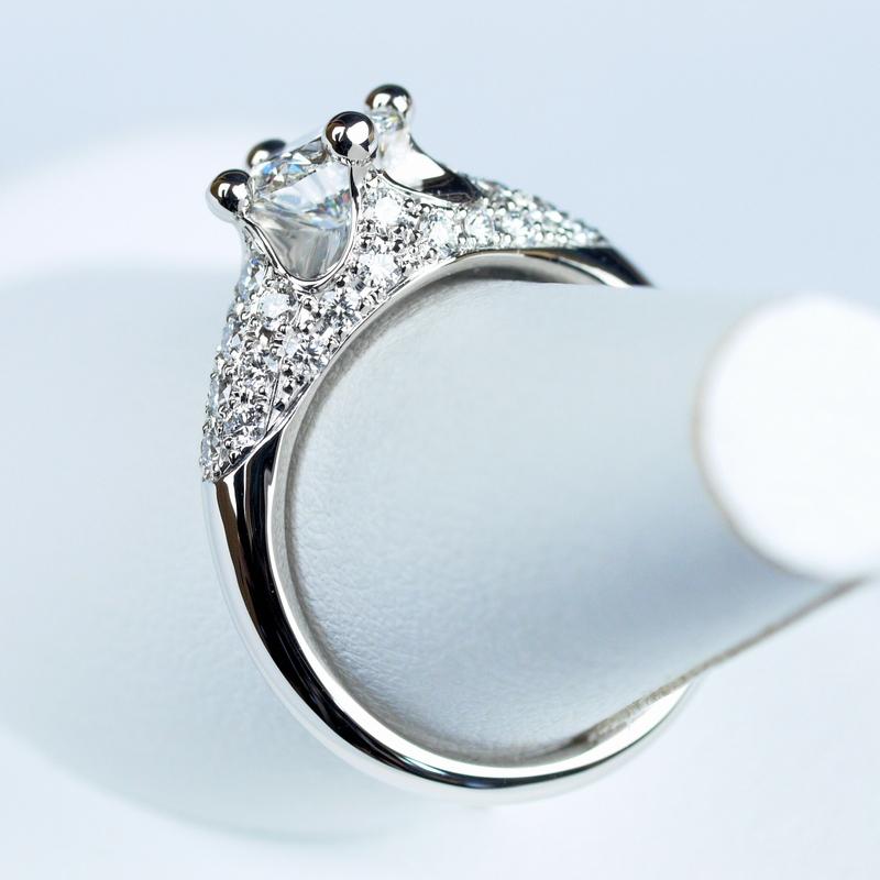 婚約指輪 ブルガリ コロナ