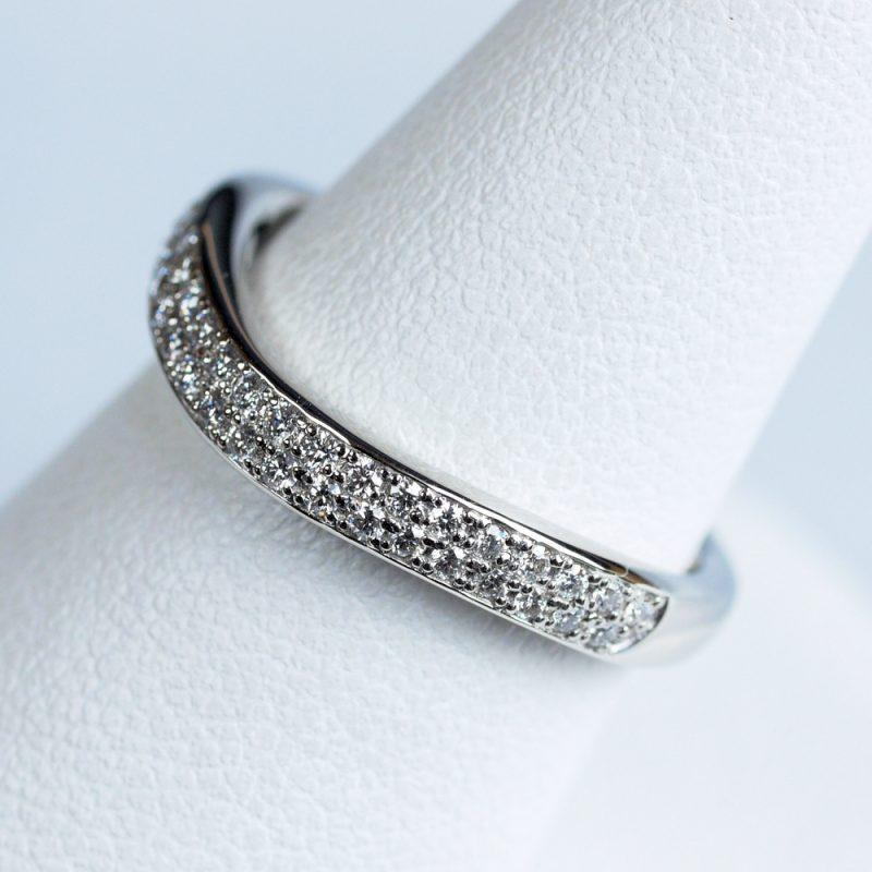 コロナ CORONA 結婚指輪 パヴェ ダイヤモンド