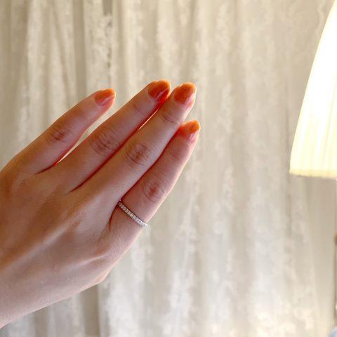 人差し指のエタニティリング