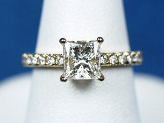 プリンセスカット ティファニー ノヴォ 指輪