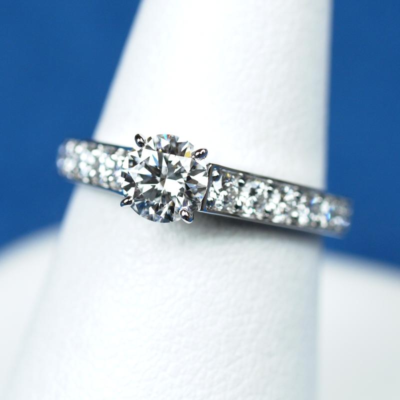 婚約指輪 カルティエ